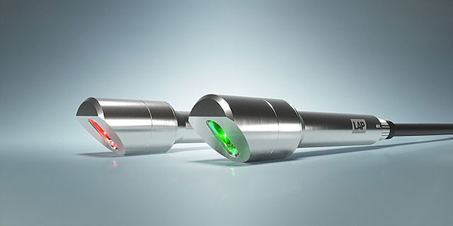Illustration of XtrAlign HU lasers with green and red laser line