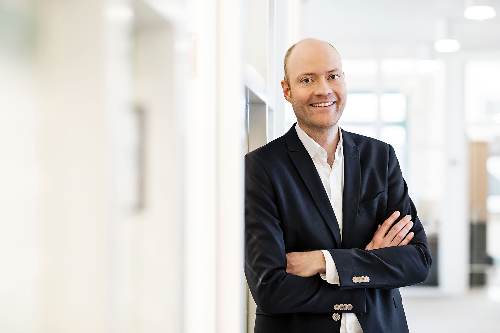 Portrait of Jens Gauthier, CEO and Head of Business Unit Healthcare at LAP
